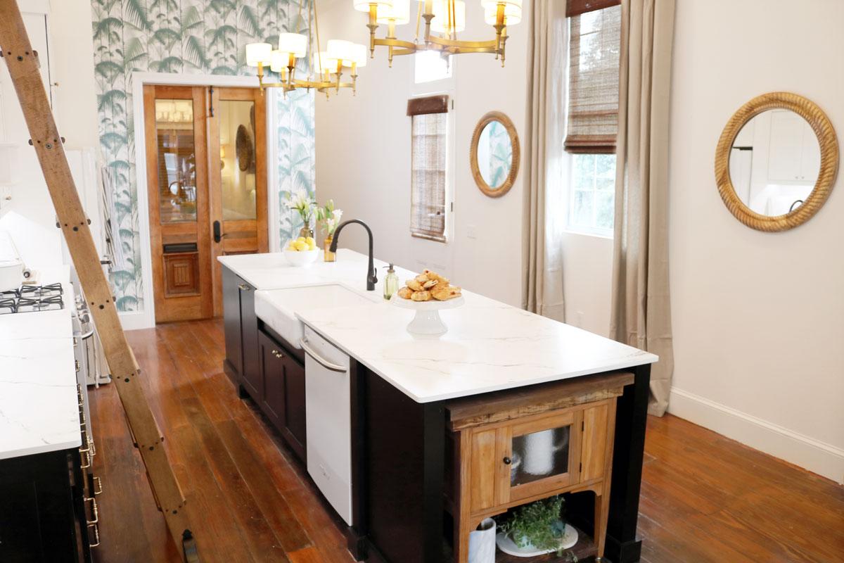 Waypoint Kitchen Style 650S in Maple Espresso