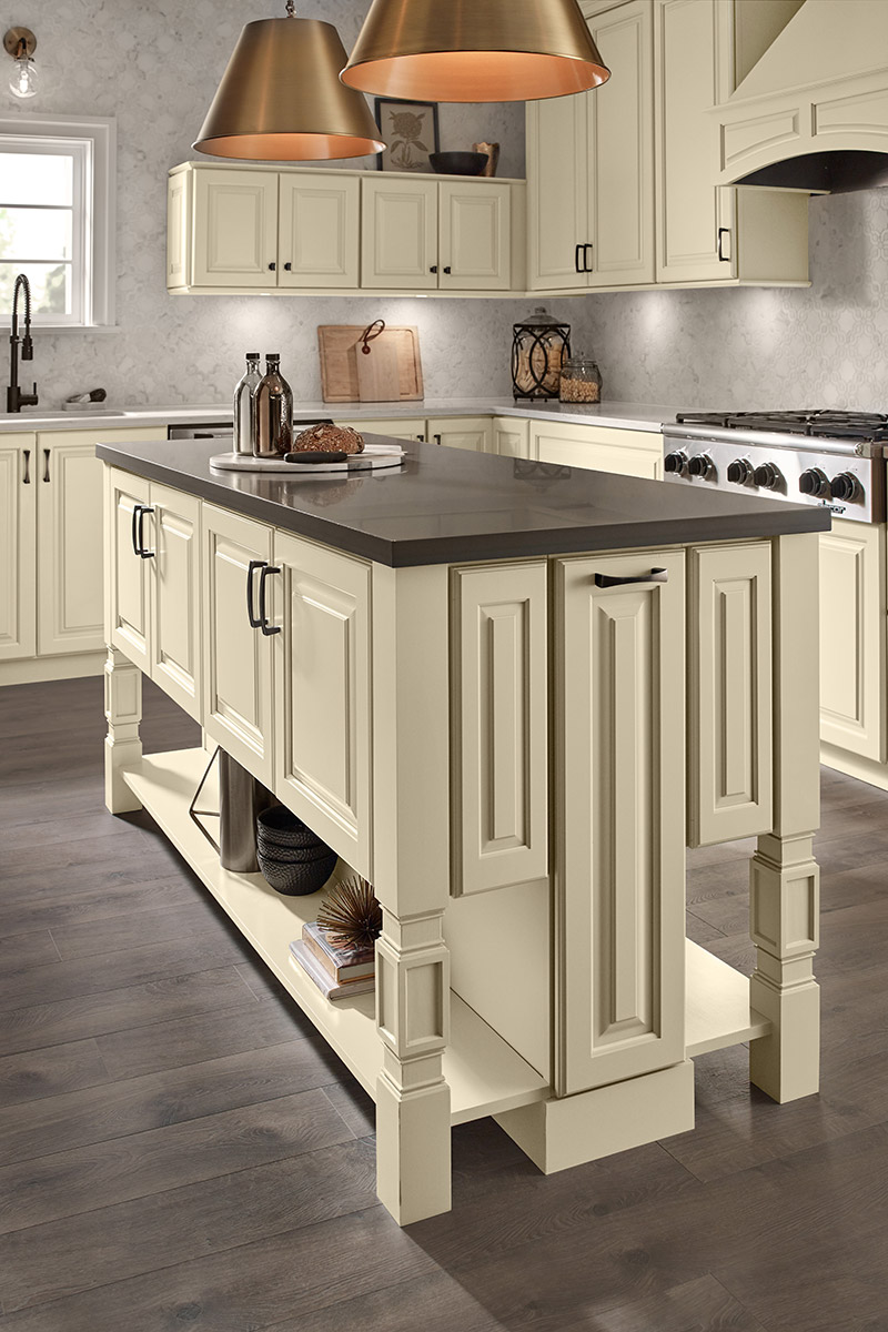 Waypoint Kitchen Style 660 in Painted Cashmere