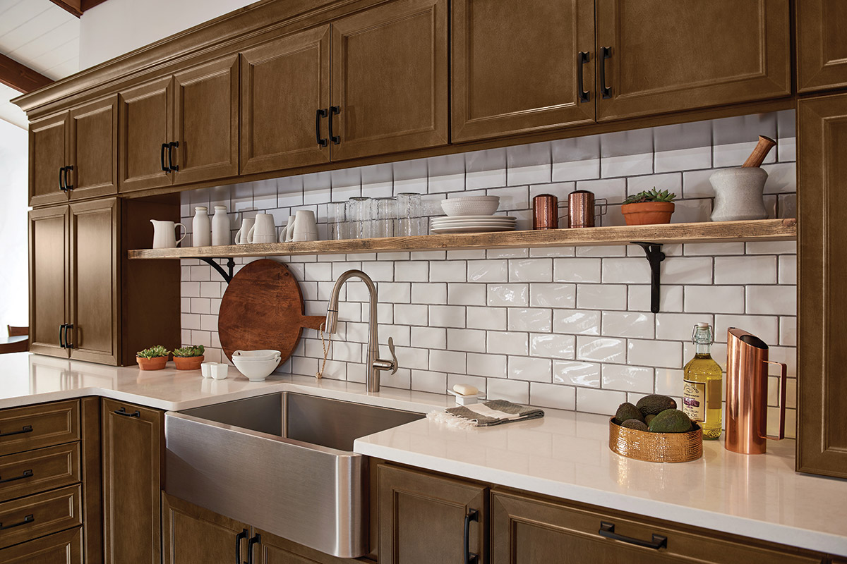 Waypoint Kitchen Style 540 in Maple Truffle