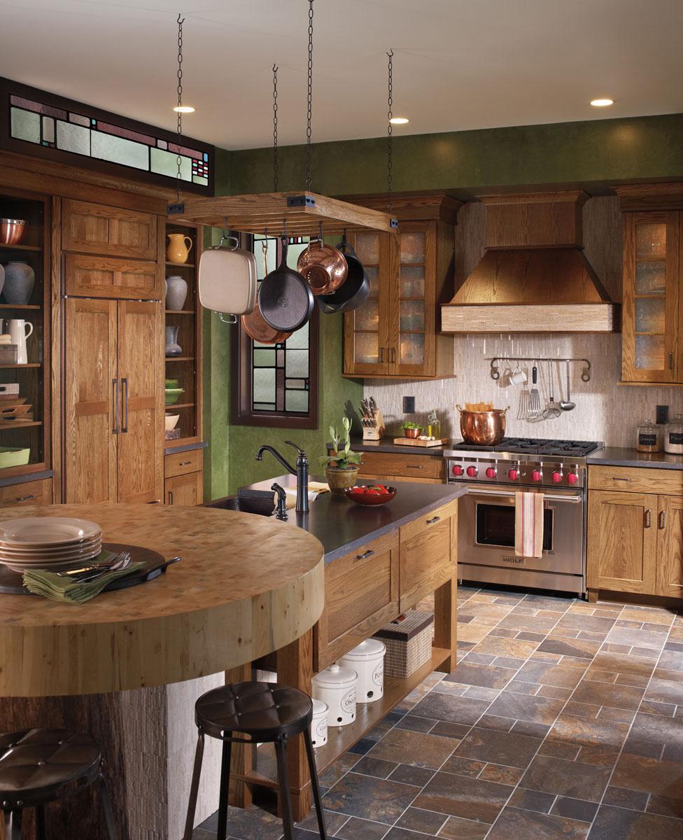 Waypoint Kitchen Style 650 in Oak Tawny