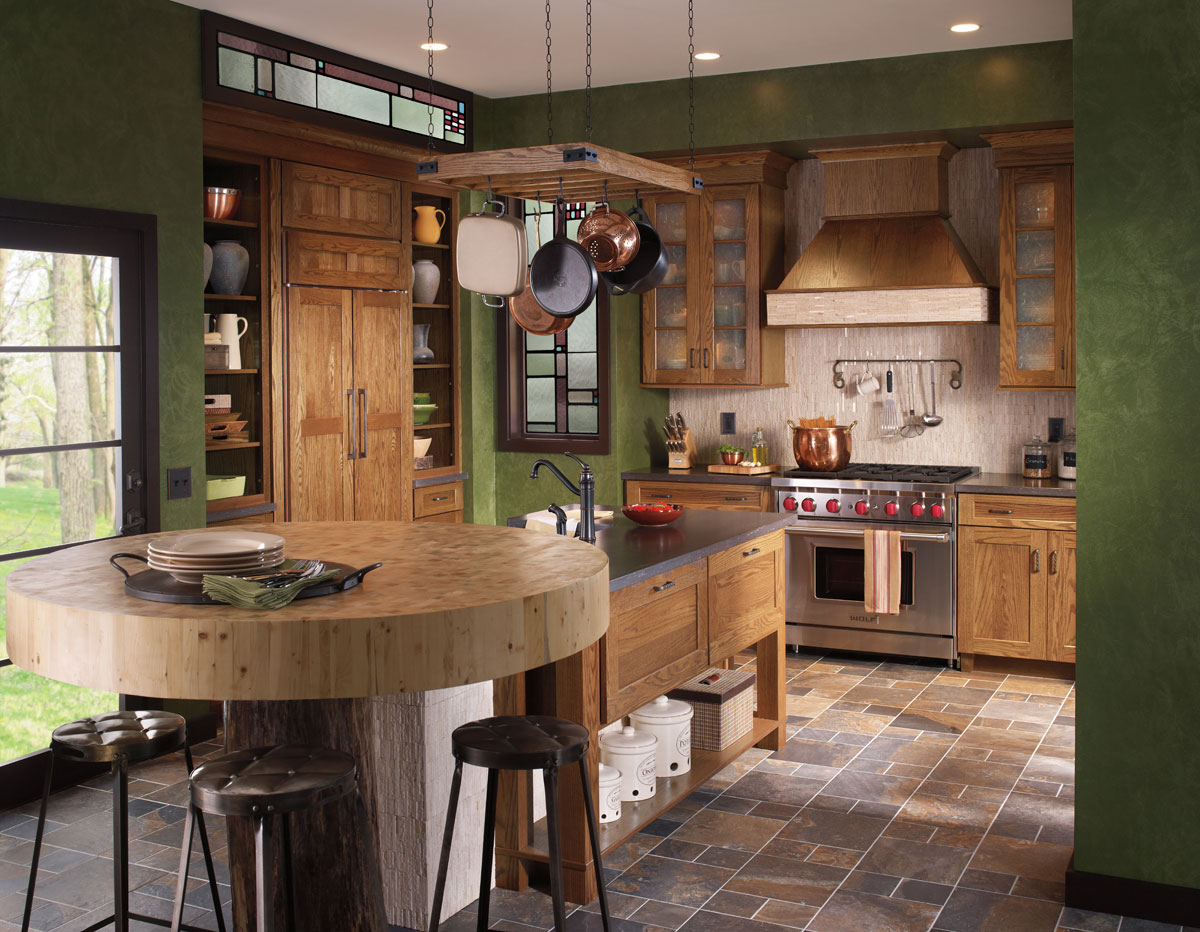 Waypoint Kitchen Style 650 in Oak Tawny