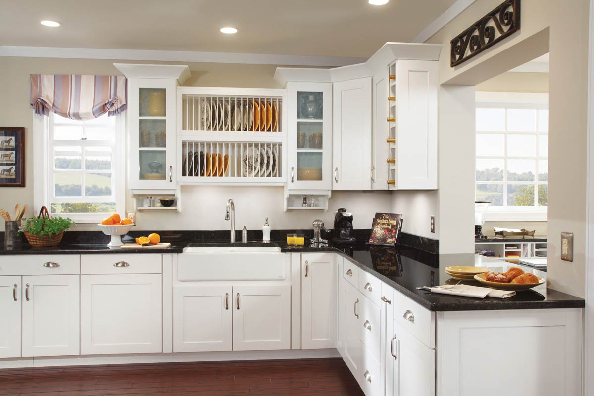 Waypoint Kitchen Style 650S In Painted Linen