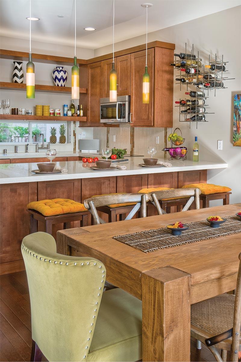 Waypoint Kitchen Style 650 in Maple Cognac