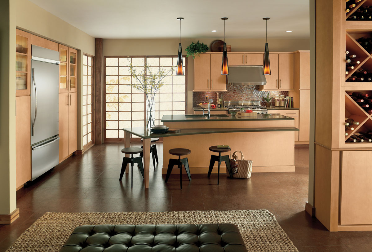 Waypoint Kitchen Style 730 in Maple Honey