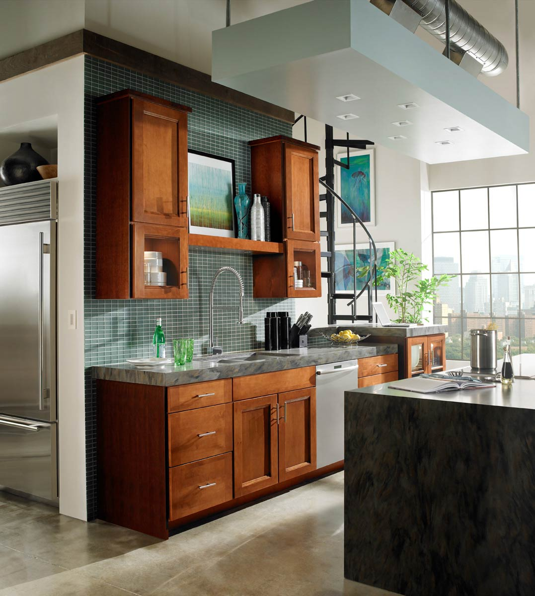 Waypoint Kitchen Style 420T in Maple Auburn Glaze
