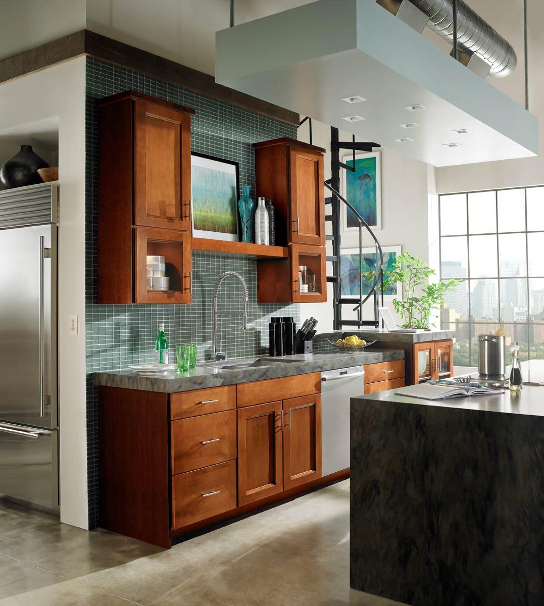 Waypoint Kitchen Style 420T in Maple Auburn Glaze