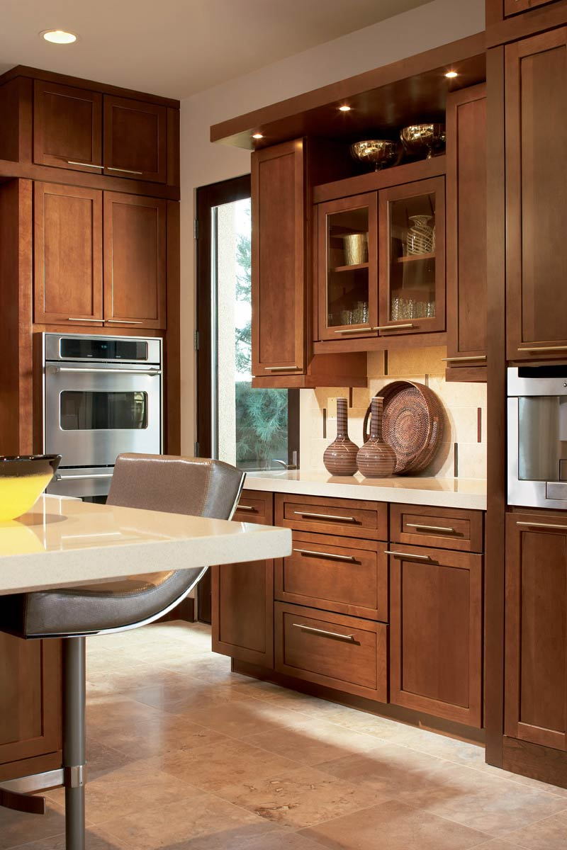 Waypoint Kitchen Style 630F in Cherry Chocolate Glaze