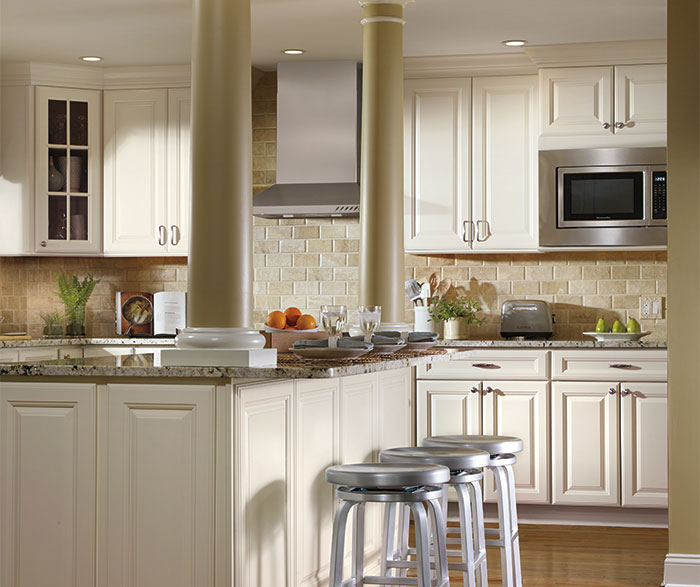 Ivory Cabinets In Traditional Kitchen Casa Amazonas Lancaster California