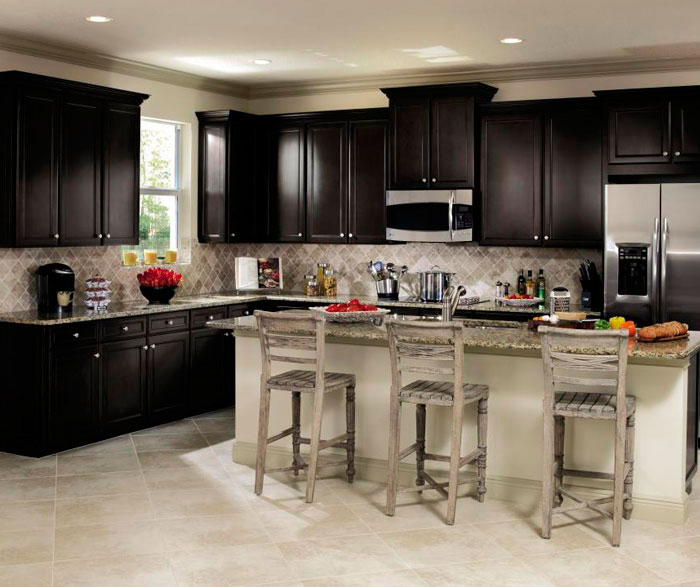 Sarsaparilla Cabinets In Casual Kitchen Casa Amazonas Lancaster California