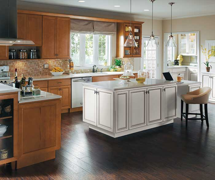 maple kitchen island homecrest kitchens 6568