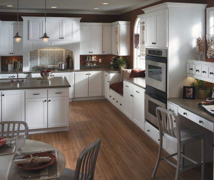 California Kitchen Cabinets: White_beadboard_kitchen_cabinets