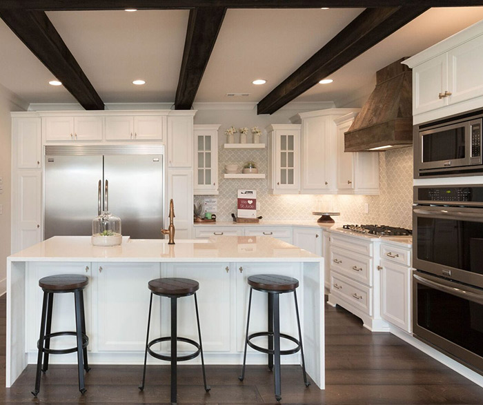 this kitchen is part of the 2017 st  jude dream home  homecrest cabinets were supplied by markraft  images courtesy of house lens  homecrest kitchens   casa amazonas   lancaster california  rh   casaamazona com